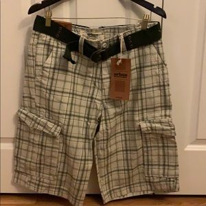 Other - Plaid men's cargo shorts